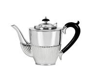 Kaffeekanne Queen Anne, Echtsilber 925/000, Inhalt 1,3 Liter, Silbergewicht 700 Gramm