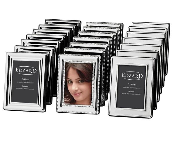 Display mit 24 Bilderrahmen für Fotos 5 x 8 cm, edel versilbert, anlaufgeschützt